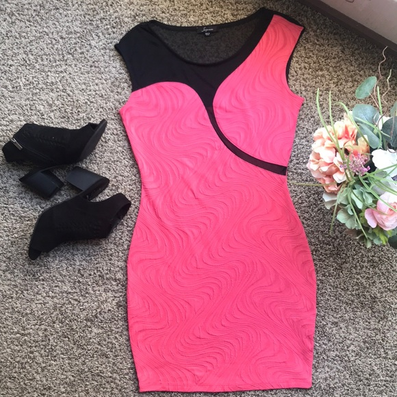 Soprano Dresses & Skirts - Soprano Black and Pink Dress Size M